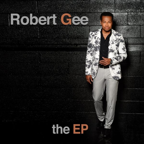 Robert Gee Front Cover 5000PX VEVO